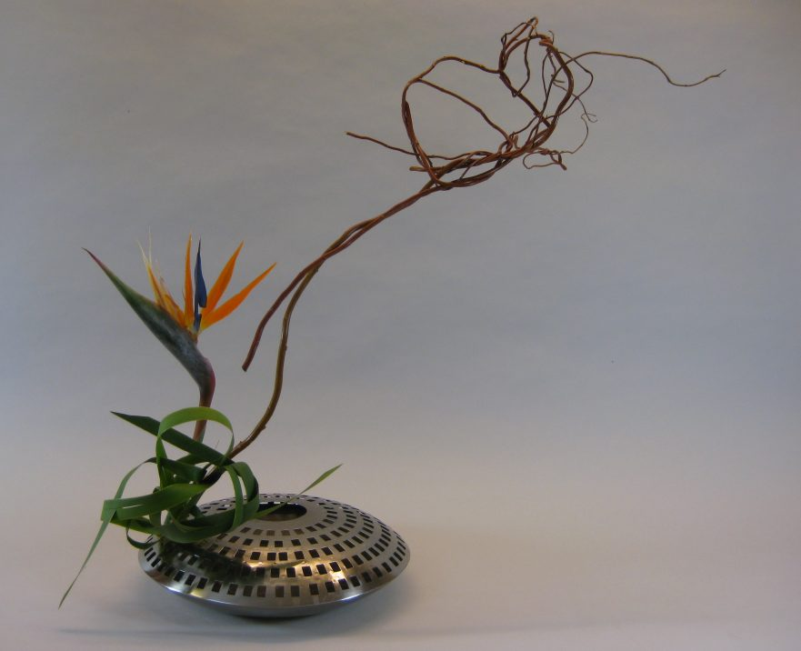 Ikebana, Sogetsu, freies Arrangement (von Angelika Mühlbauer)