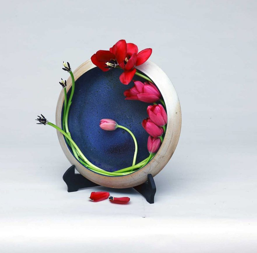 """Ikebana, Sogetsu, Wabi Sabi, """"Metamorphose von Tulpen"""" (von Ayako Graefe)"""