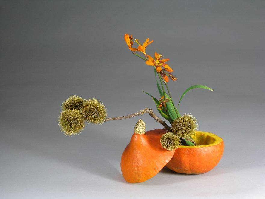 """Ikebana, Sogetsu, Ikebana zu deutschen Festen, """"Erntedankfest"""" (von Ayako Graefe)"""